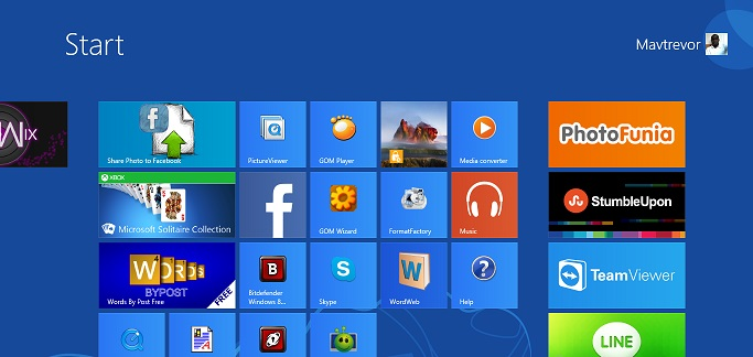 Windows 8 apps on Windows 8 Metro UI